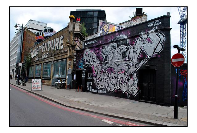 LONDON STREET ART by VARIOUS.