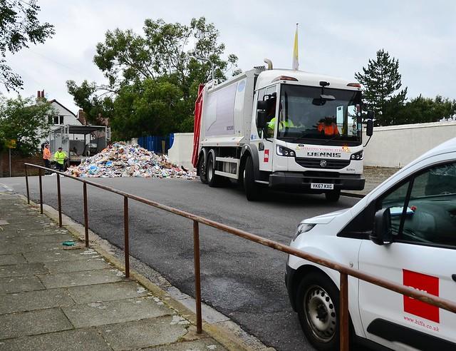Biffa Refuse Lorry Dennis Elite 6 VK67 KXG
