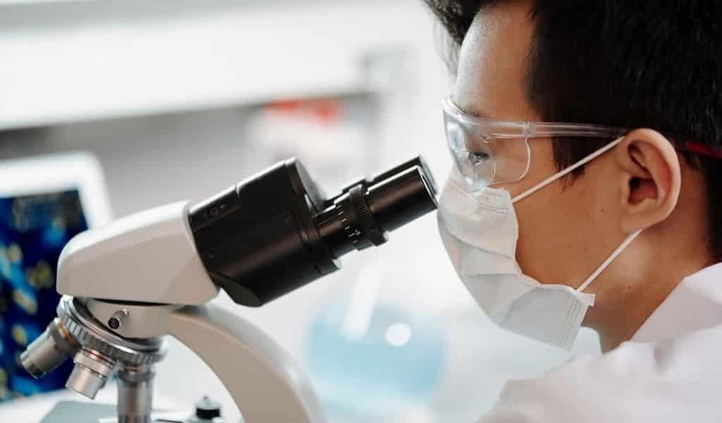 les-bactéries-respirant-les-métaux-changeront-électrnique