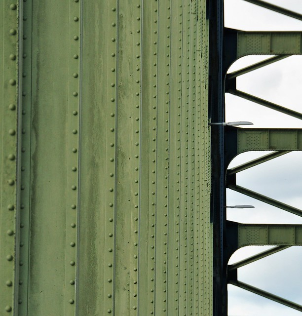 Lines of the bridge