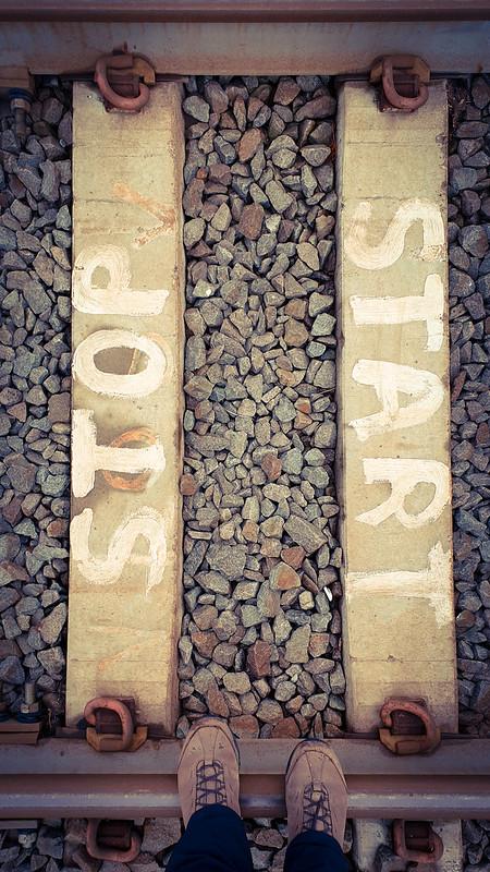 STOP / START