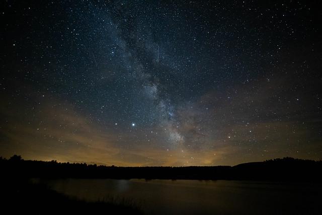 Voie lactée au Lac du Pêcher (Cantal)