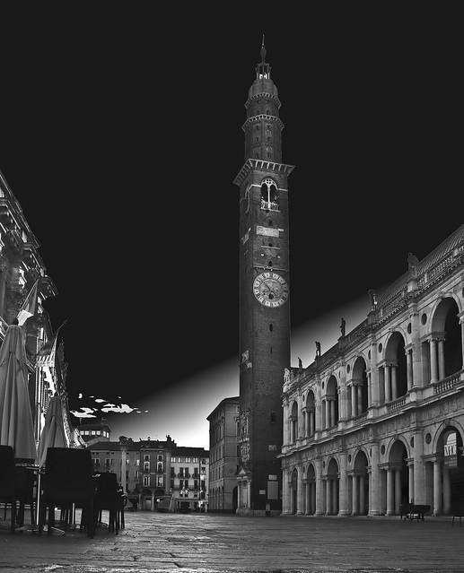 black Square piazza dei Signori Vicenza