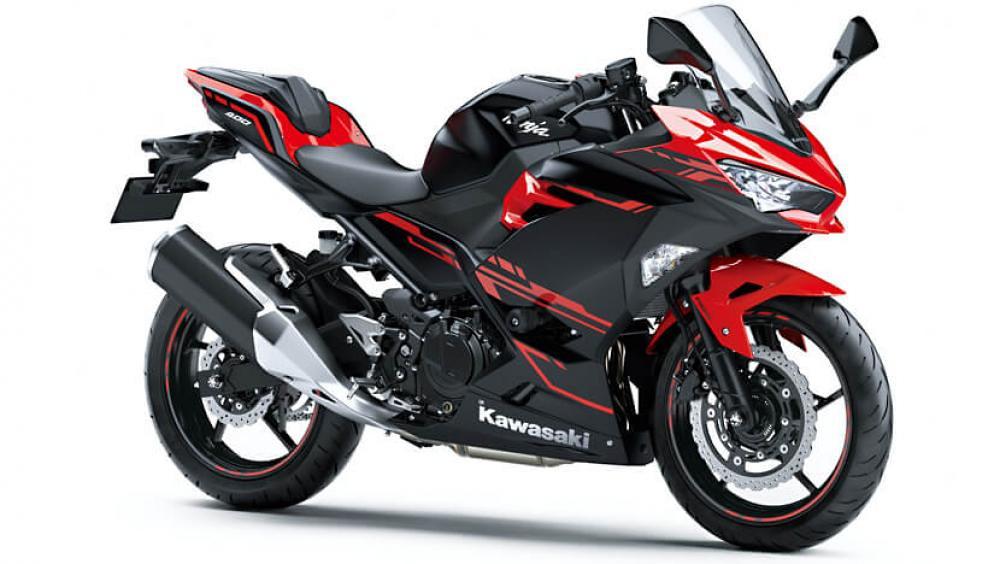 B2021 New Kawasaki Ninja 400 Black Red