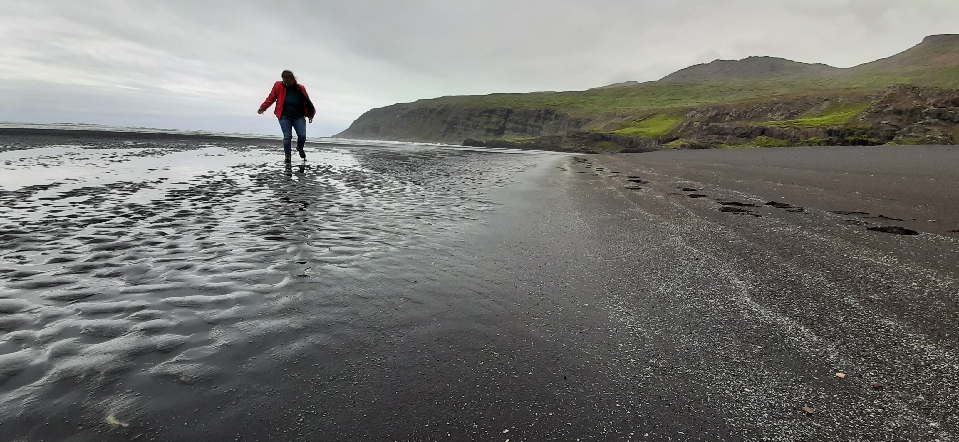 Stapavík beach