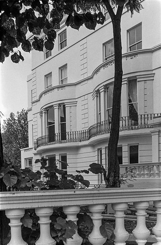 Clifton Gardens, Maida Vale, Westminster, 1987 87-7l-65-positive_2400 | by peter marshall