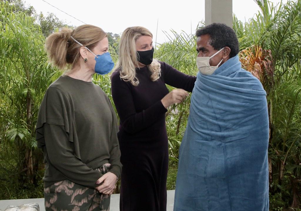 Testagem para Covid 19 e distribuição de cobertores na comunidade quilombola Peropava.