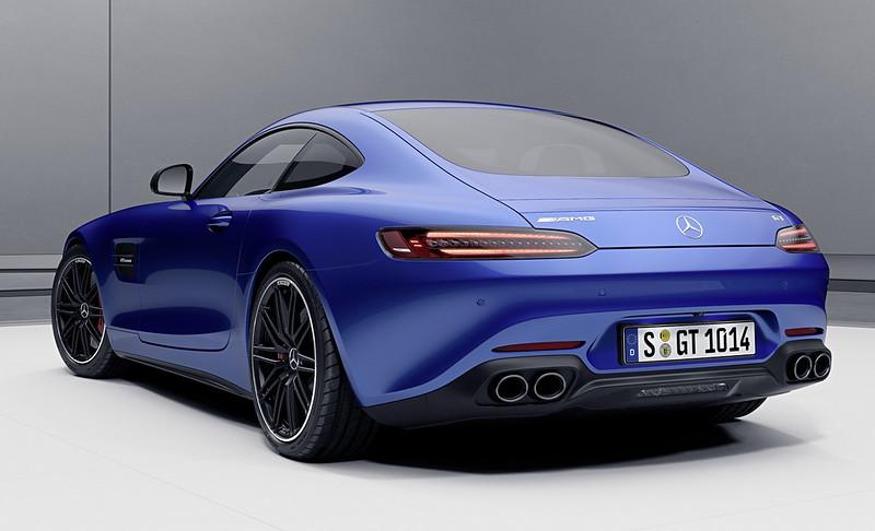 Mercedes-AMG-GT-04