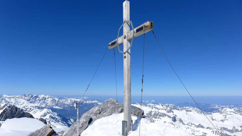 Clariden S, from Planurahütte Glarner Alpen Switzerland photo 11
