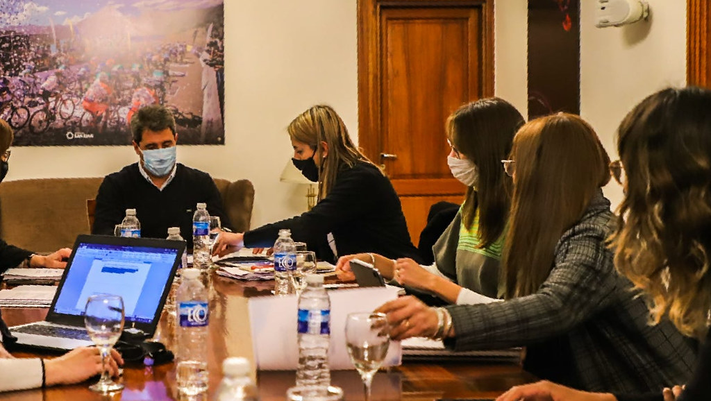 2020-07-29 PRENSA ASJ Uñac diagramó junto al equipo técnico el trabajo que realizarán las mesas multisectoriales (3)