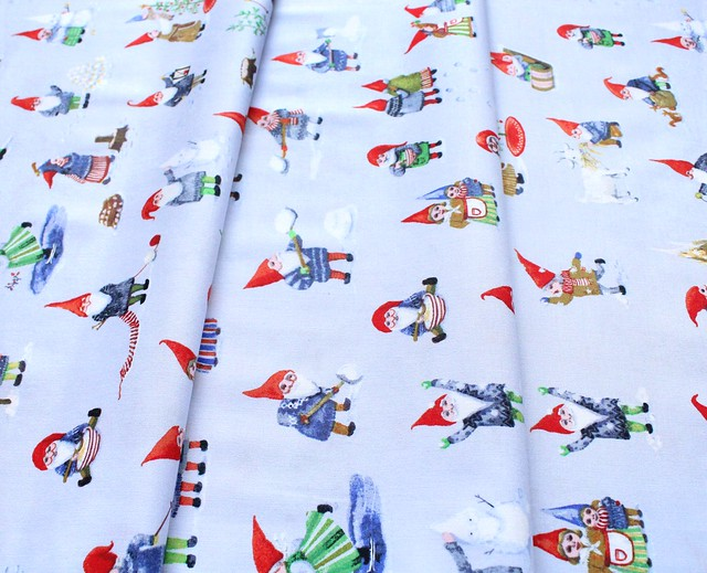 Windham Fabrics Winter Gnomes 51874-1 Winter Gnomes in Frosty