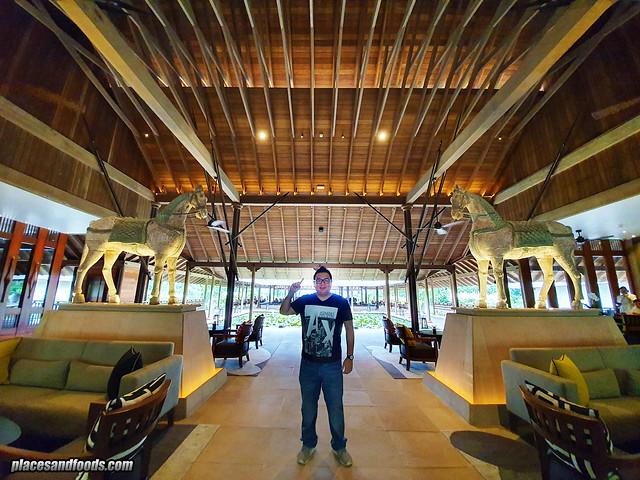 the datai langkawi lobby