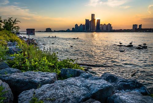 2020 canada detroit detroitriver july michigan ontario windsor riverfront summer sunset