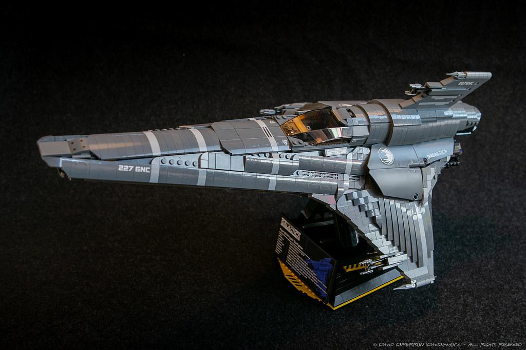 UCS Colonial Viper MkVII by DavDupMOCs