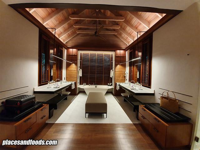 datai rainforest villa bathroom wide angle
