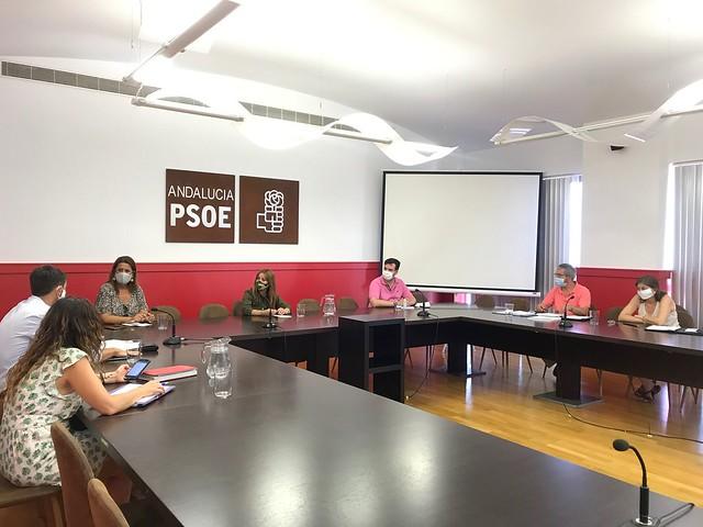 Reunión Verónica Pérez  con directores de centros educativos