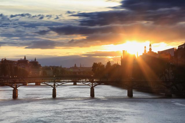 La Seine au couchant // Sunset on the river Seine