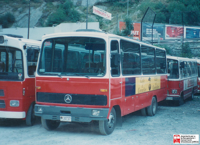 30737- Mercedes Benz LPO803 (Ciscar)