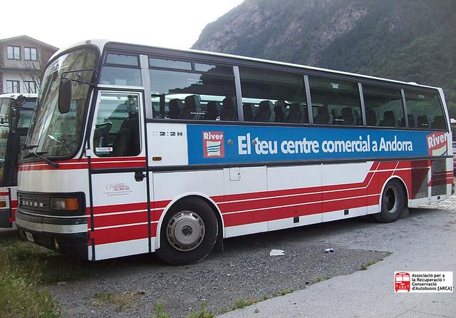 A4654 - Setra S212 HD