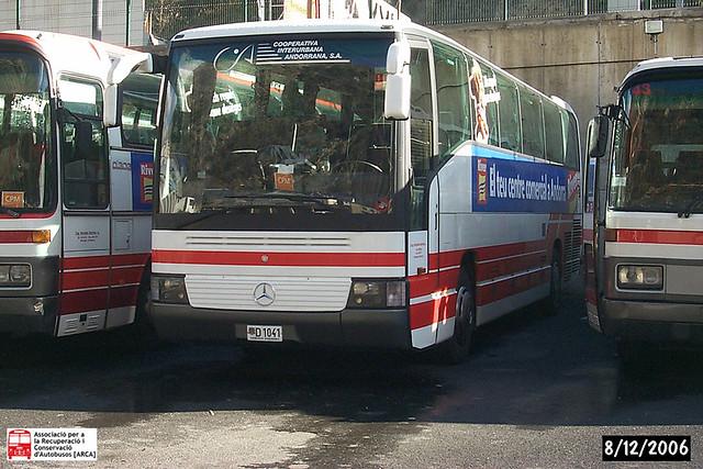 d1041 - Mercedes-Benz O404