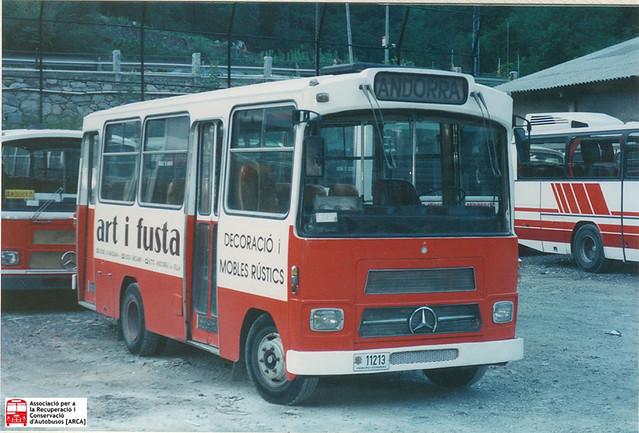 11213 - Mercedes Benz LPO808 (Castro Caride)