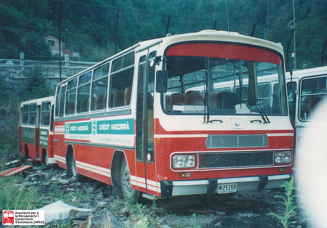 25269 - Mercedes Benz OF1113B (Unicar)