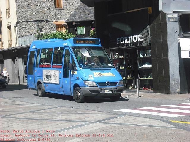 h6782 - Mercedes Benz O616 CDI (Unvi Cidade)