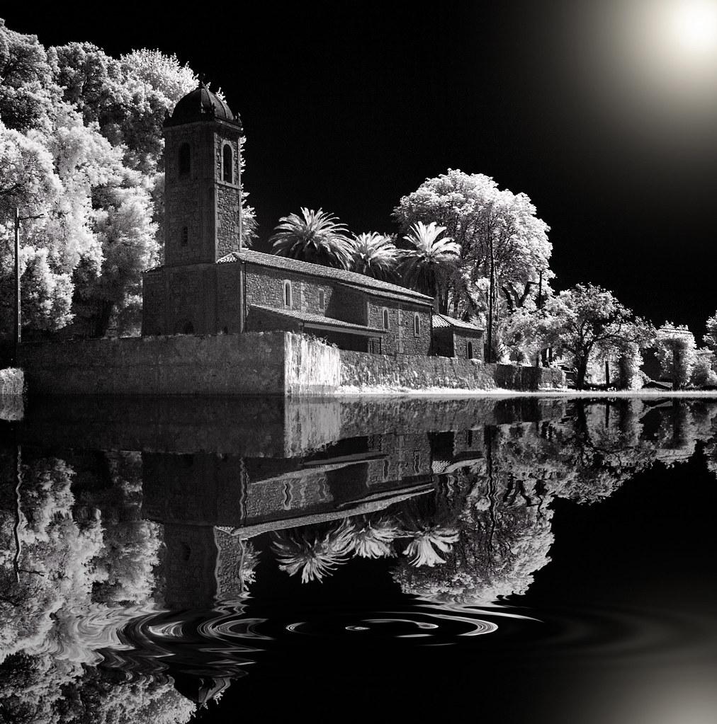 Divine pond recorded in infrared