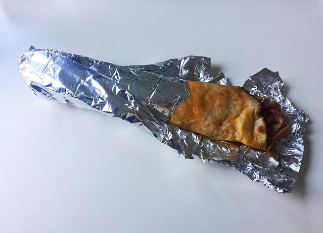 Lahmacun with kebap meat / Lahmacun mit Dönerfleisch