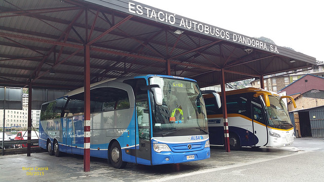 k9536 - Mercedes Benz Travego