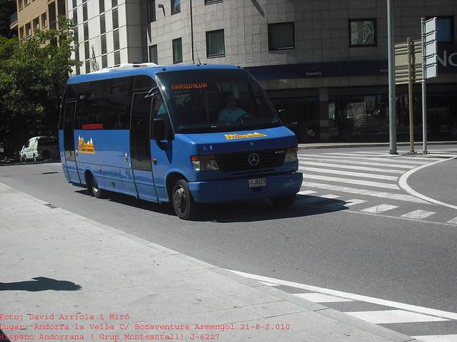 j6223 - Mercedes Benz O816 (Indcar Wing)