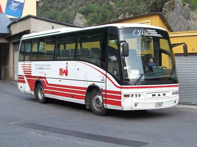 d6627 - MAN 13.230 (Beulas Midi Star E)