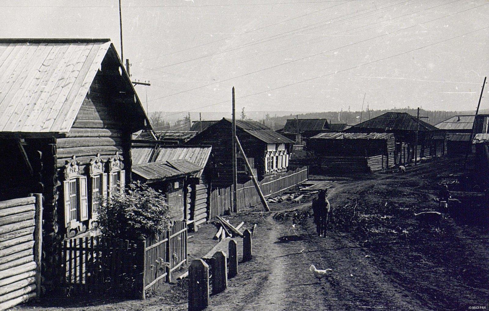 Улица в деревне Кобляково (2)