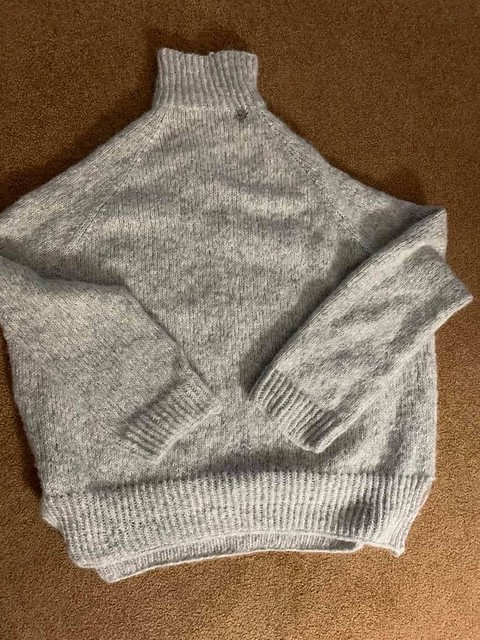 Dianne finished her first garment! She knit herself Turtle Dove II by Espace Tricot using Drops Air!