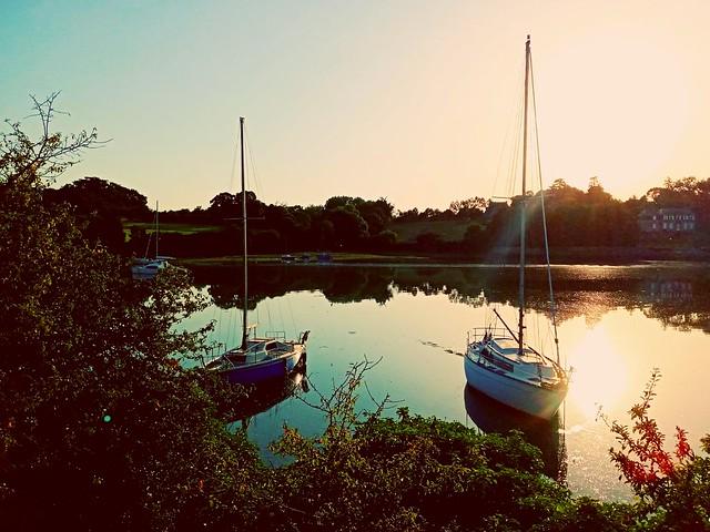 Quelmer, Bretagne. Soleil levant.