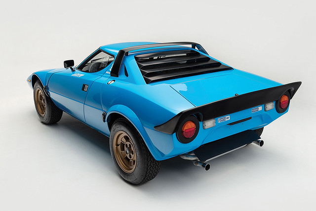 1975-Lancia-Stratos-HF-Stradale-by-Bertone_8
