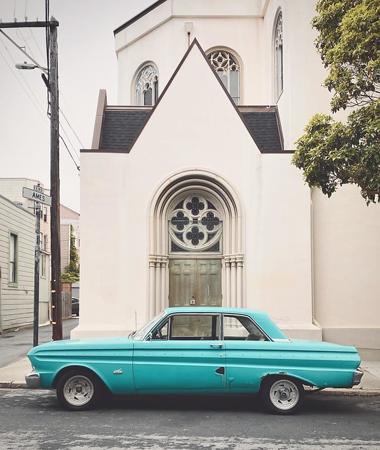 #falcon #fordfalcon #vintagecars #church #sanfrancisco #missiondistrict