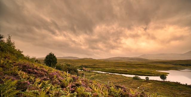 All's quiet at Loch a' Chuilinn.