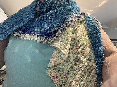 Carla (carlaeleanor) finished Smock It!! by Stephen West!