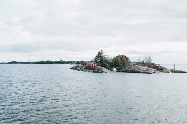 The road to Suomenlinna
