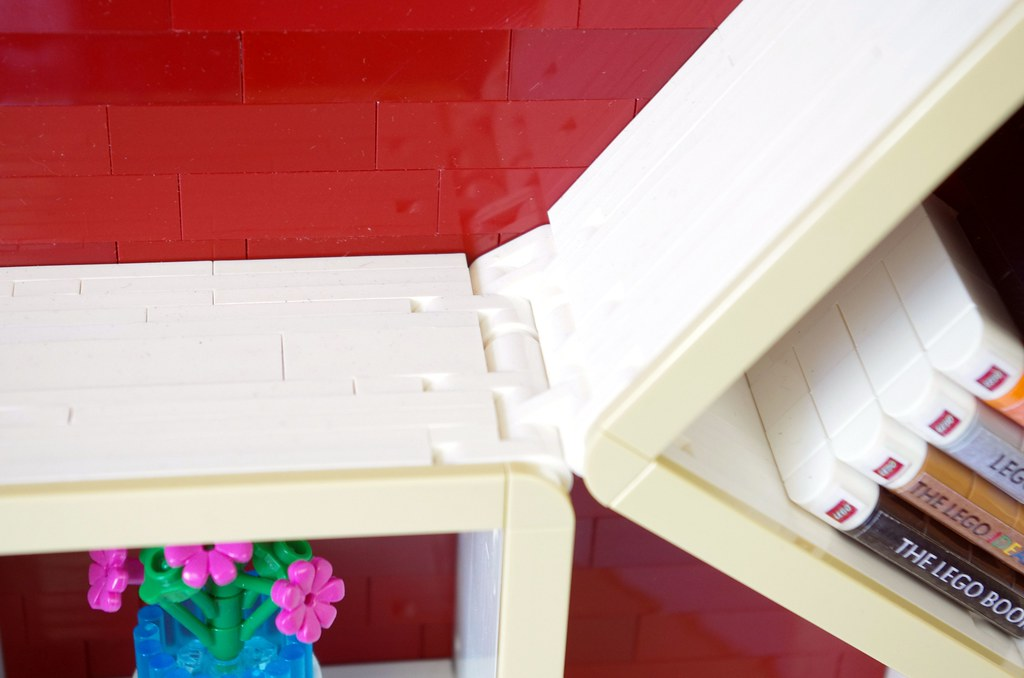 2020 - lego sliding bookshelf