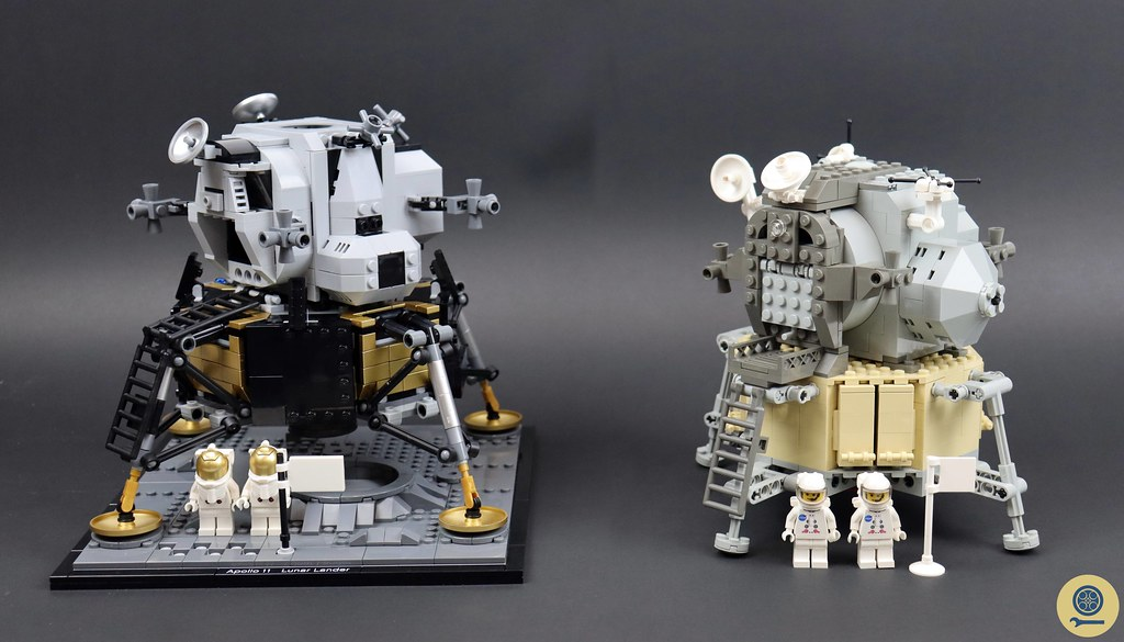 10029 Lunar Lander vs 10266 NASA Apollo 11 Lunar Lander 1