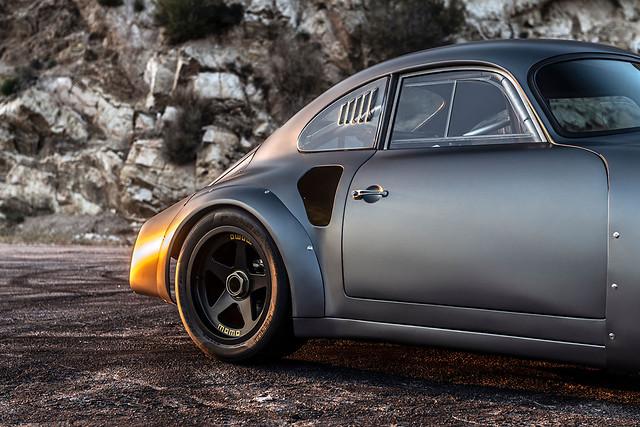 1960-Porsche-MOMO-356-RSR-Outlaw-by-Emory_25
