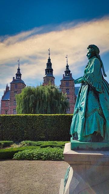 Queen Caroline Amalie in Rosenborg Castle Gardens