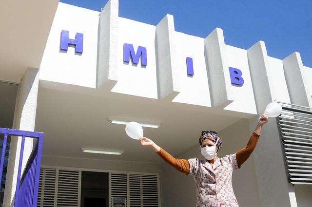 Hmib homenageia servidores que faleceram por Covid-19