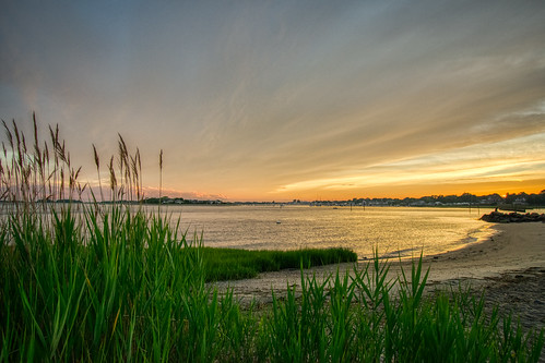 clinton clintontownbeach connecticut hdr longislandsound nikon nikond5300 outdoor beach clouds evening geotagged grass ocean orange outside sand seascape seashore shore sky sunset water