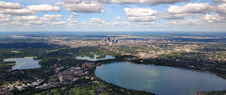Approaching Minneapolis–Saint Paul International Airport | by Parkzer