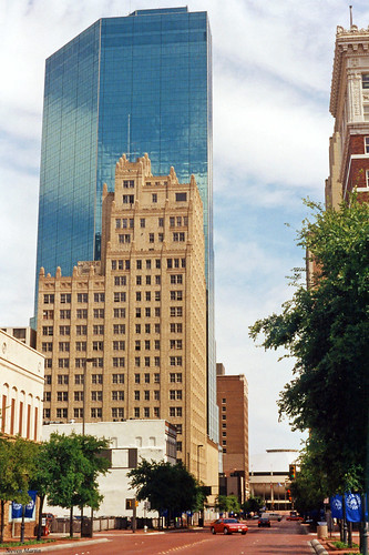 street architecture skyscraper hotel downtown cityscape texas 1993 fortworth businessdistrict commercialbuildings
