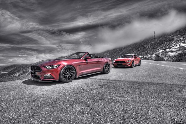 Mustang Photostop - Road from Grimselpass - Bern - Switzerland