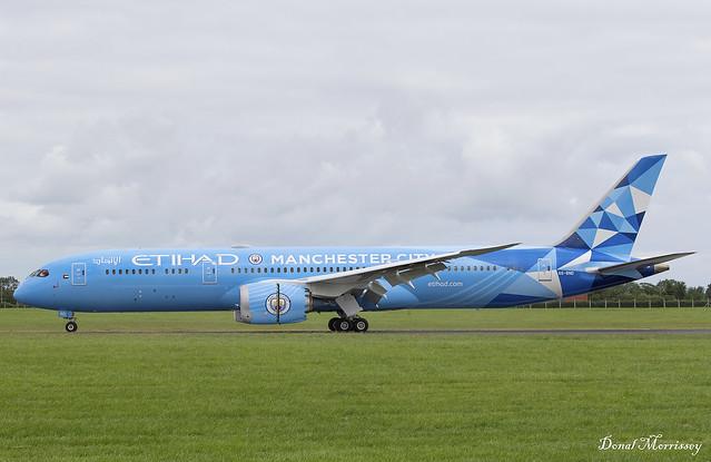 Etihad (Manchester City Livery) 787-9 A6-BND